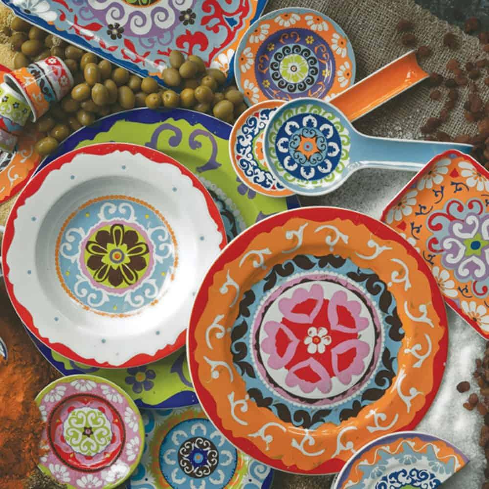 Stunning Servizio Piatti Colorati Cucina Photos - Skilifts.us ...